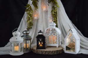 Medium and Small Lanterns